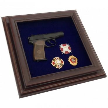 Пистолет Макарова и награды