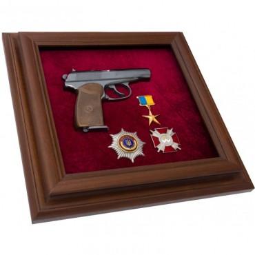 Пистолет Макарова с наградами